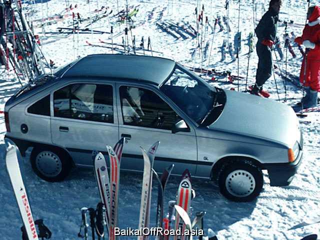 Opel Kadett CC 1.6 i (75Hp) (Механика)