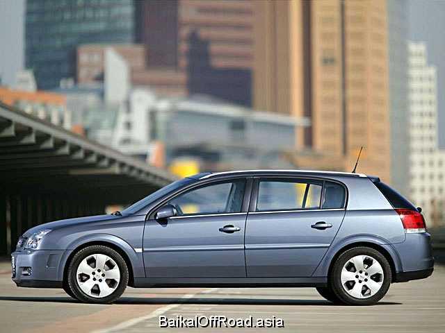 Opel Signum 2.2 i 16V ECOTEC (155Hp) (Автомат)