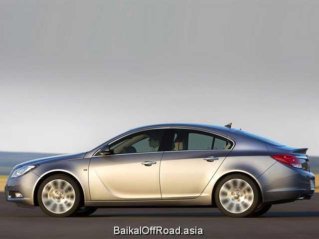 Opel Insignia Hatch 2.0 T (220Hp) (Механика)