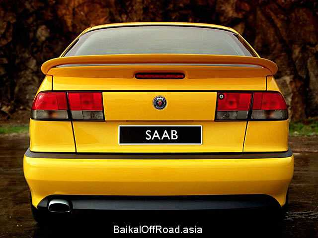 Saab 900 Coupe 2.3 -16 (150Hp) (Механика)
