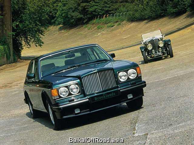 Bentley Brooklands 6.7 i V8 Turbo (305Hp) (Автомат)