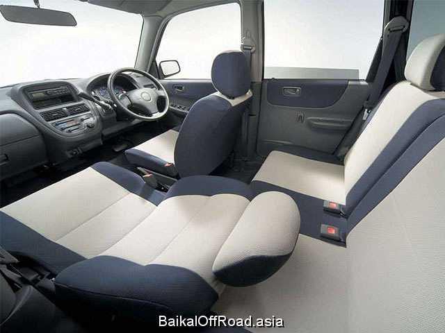 Subaru Justy 1000 4WD (3 dr) (50Hp) (Механика)