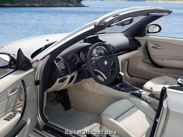 BMW 1 Series Cabrio 125i  (218Hp) (Механика)