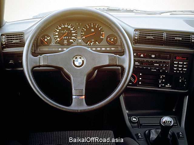 BMW M3 2.3 (215Hp) (Механика)
