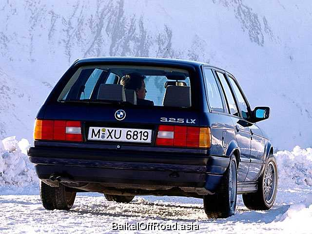 BMW 3 Series Touring 325iX  (170Hp) (Автомат)