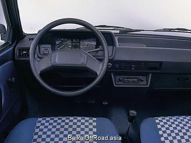 Volkswagen Polo 1.3 KAT (55Hp) (Механика)