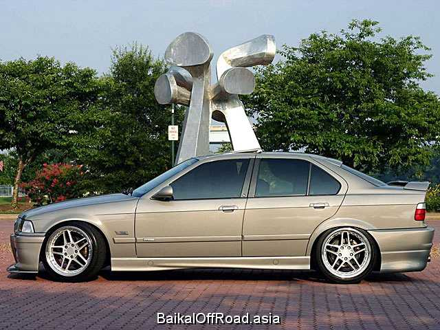 BMW 3 Series 323i 2.5 (170Hp) (Механика)
