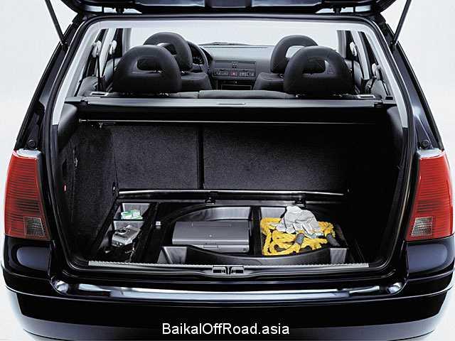 Volkswagen Bora Variant 1.6 16V (105Hp) (Механика)