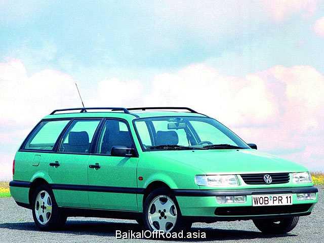 Volkswagen Passat Variant 1.8 (90Hp) (Механика)