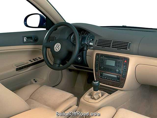Volkswagen Passat 1.8 20V (125Hp) (Механика)