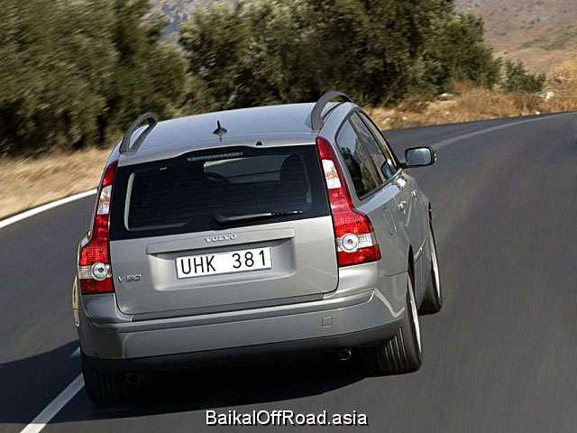 Volvo C30 1.6 i 16V (100Hp) (Механика)
