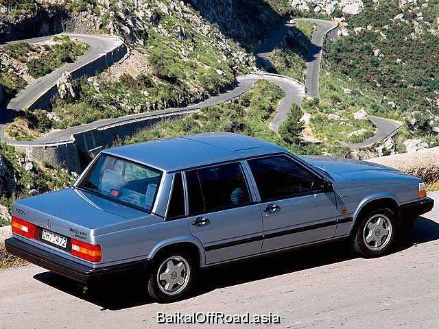 Volvo 740 2.3 (131Hp) (Механика)