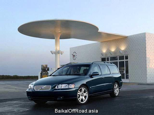 Volvo V70 Kombi 2.4 (140Hp) (Автомат)