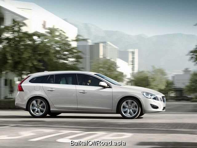 Volvo V60 2.0T (203Hp) (Механика)