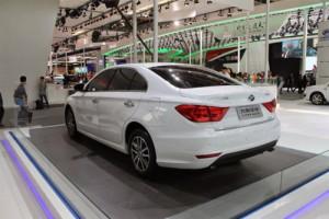 lifan-stal-samym-populyarnym-kitajskim-avtomobilem-2015-goda-v-rf