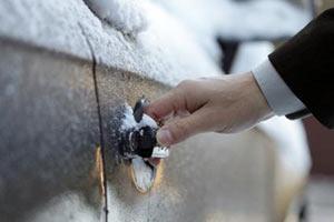 Что делать при замерзании замка в автомобиле