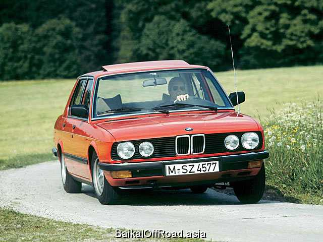 BMW 5 Series 520i  (125Hp) (Механика)