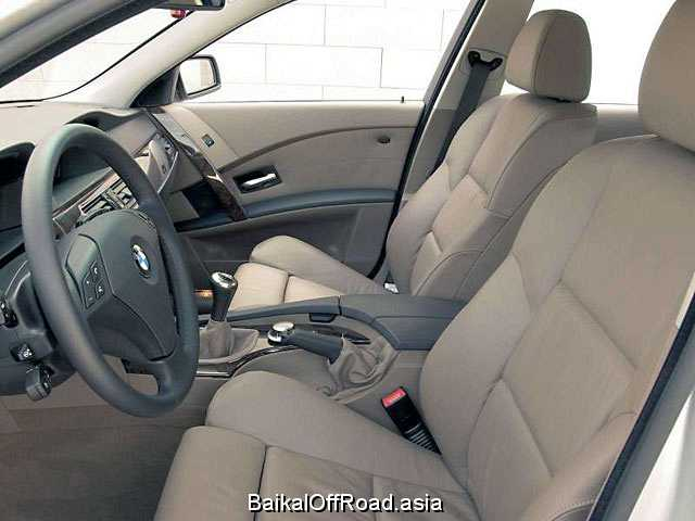 BMW 5 Series 550i  (367Hp) (Механика)