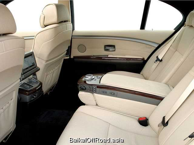 BMW 7 Series Long 750Li  (367Hp) (Автомат)
