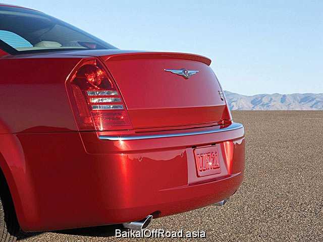 Chrysler 300C 6.1 i V8 16V SRT-8 (425Hp) (Автомат)
