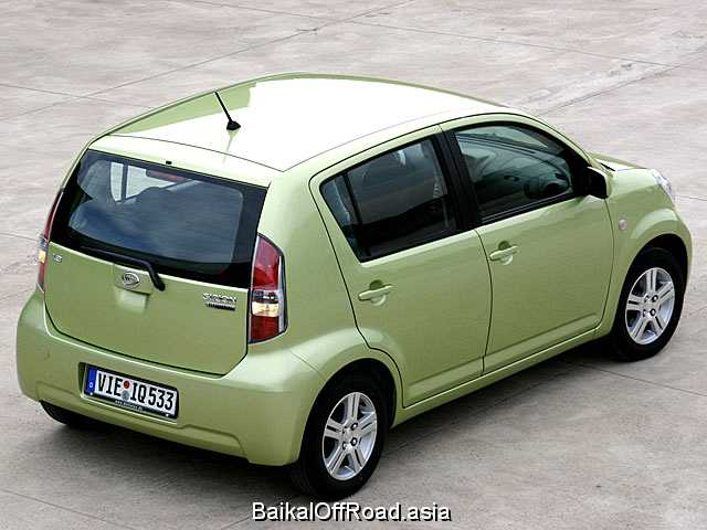 Daihatsu Sirion 1.3 i 4WD (87Hp) (Автомат)