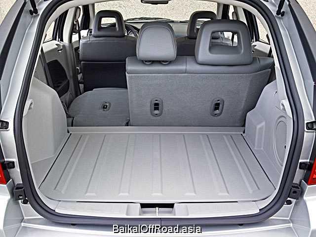 Dodge Caliber 2.4 i 16V (174Hp) (Вариатор)