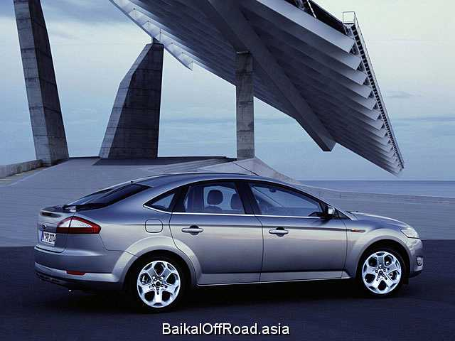 Ford Mondeo Hatchback 1.8 TDCi (100Hp) (Механика)