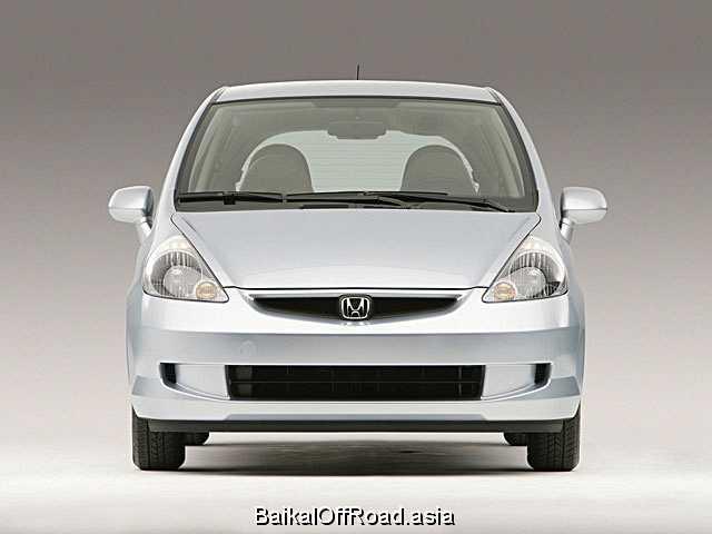 Honda Fit 1.5 (109Hp) (Механика)