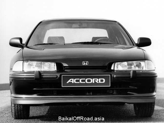 Honda Accord 1.8 i 16V (115Hp) (Автомат)