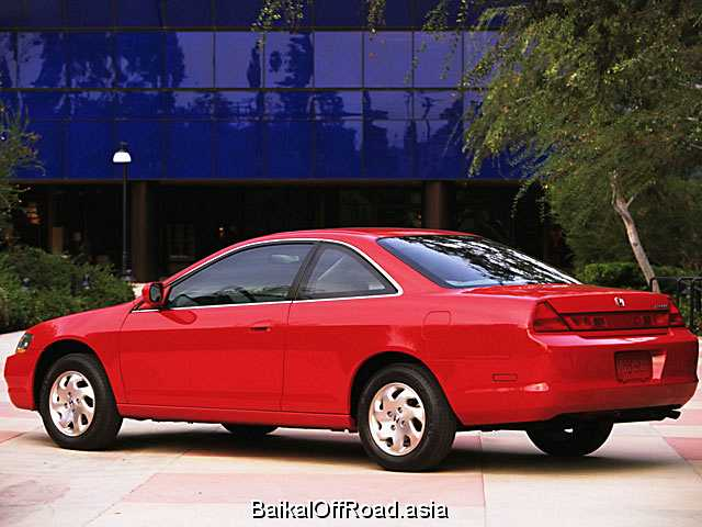 Honda Accord Coupe 2.0 i 16V (147Hp) (Автомат)