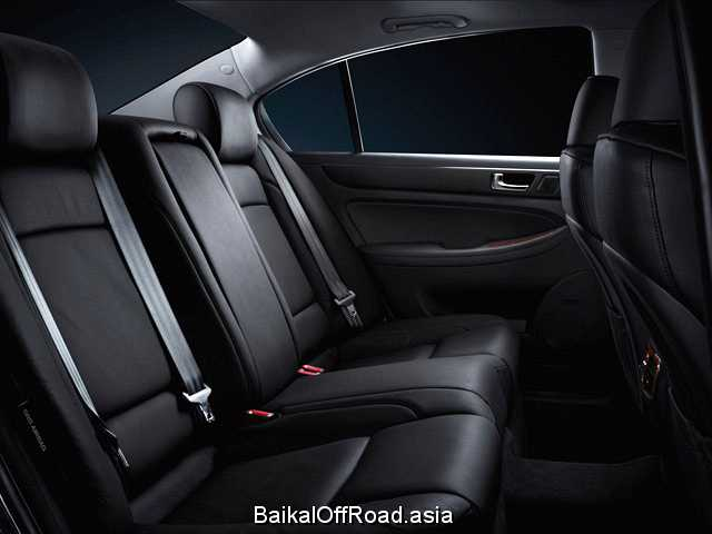 Hyundai Genesis 3.3 (262Hp) (Автомат)