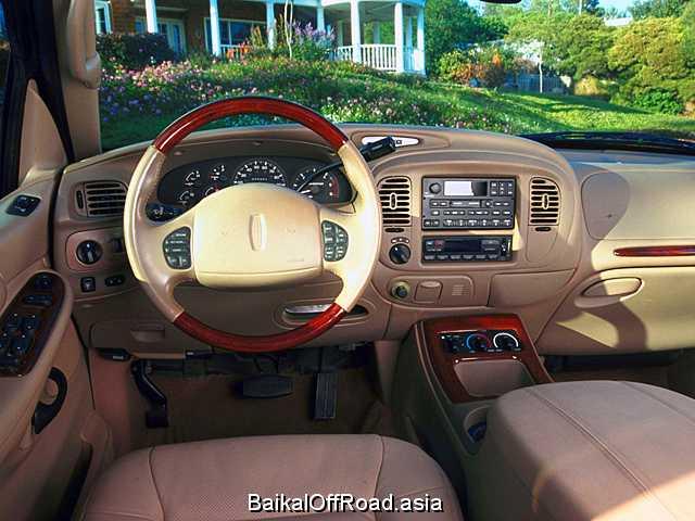 Lincoln Navigator 5.4 V8 32V 4X4 (304Hp) (Автомат)