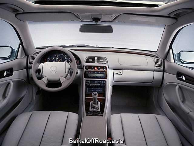 Mercedes-Benz CLK-Class CLK 320  (218Hp) (Автомат)